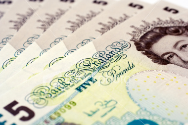 five-pound-notes