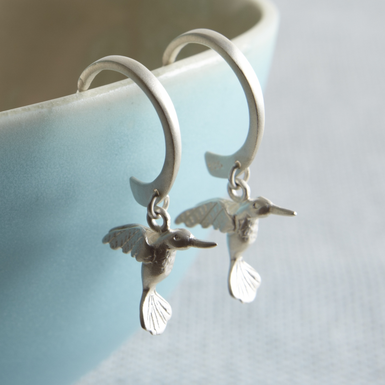 Hummingbird earring photo
