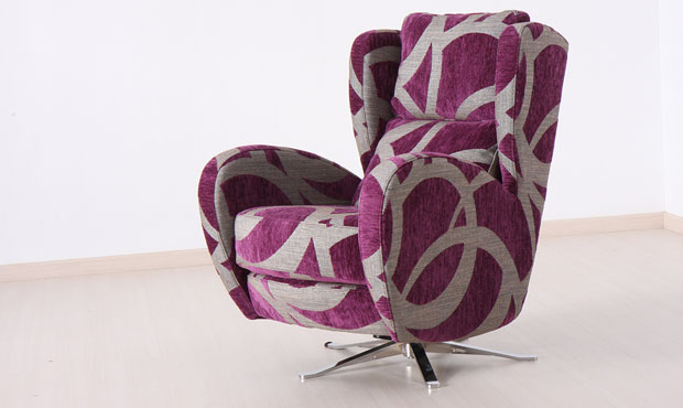 Raphael swivel chair