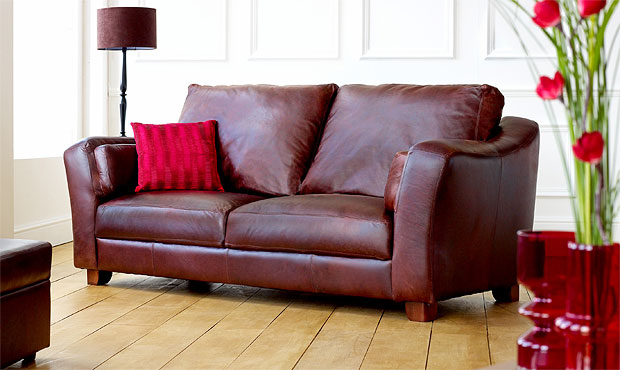 Barnes Leather Sofa from darlings OF Chelsea
