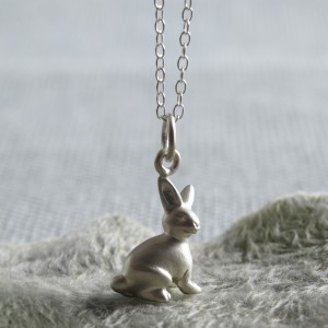 CNSBU Silver Bunny Necklace Front