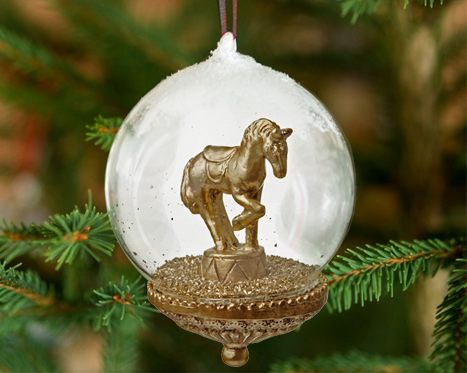 Shades of Gold: Christmas Decorations, Items from £3.99