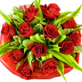 12_Deluxe_Red Rose_Bouquet_v1__________wi280he280moletterboxbgwhite