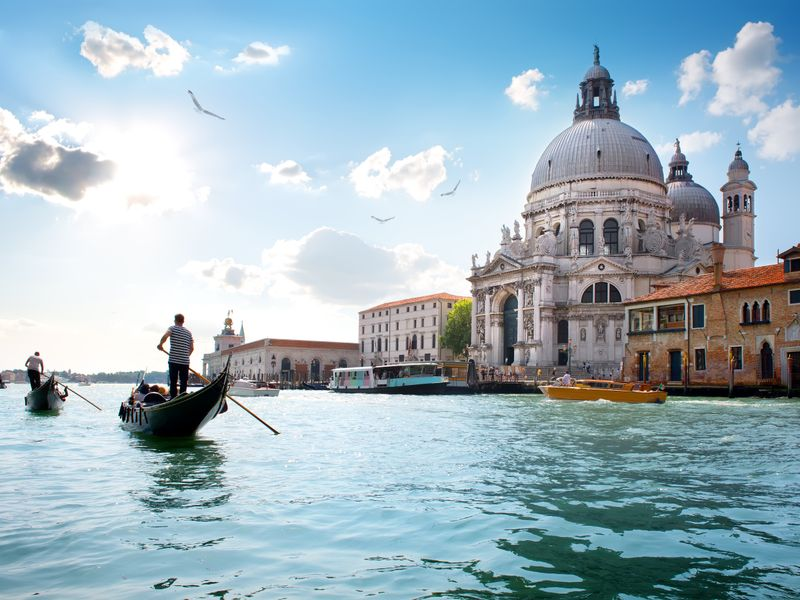 Venice: 4 star City Break at Canalside Hotel With Return Flights from £89pp