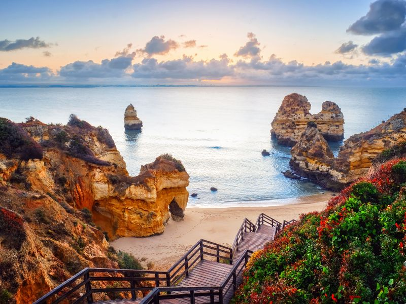 Algarve: 4 Star Albufeira Sun Getaway Including Flights & Kids Stay FREE from £89pp