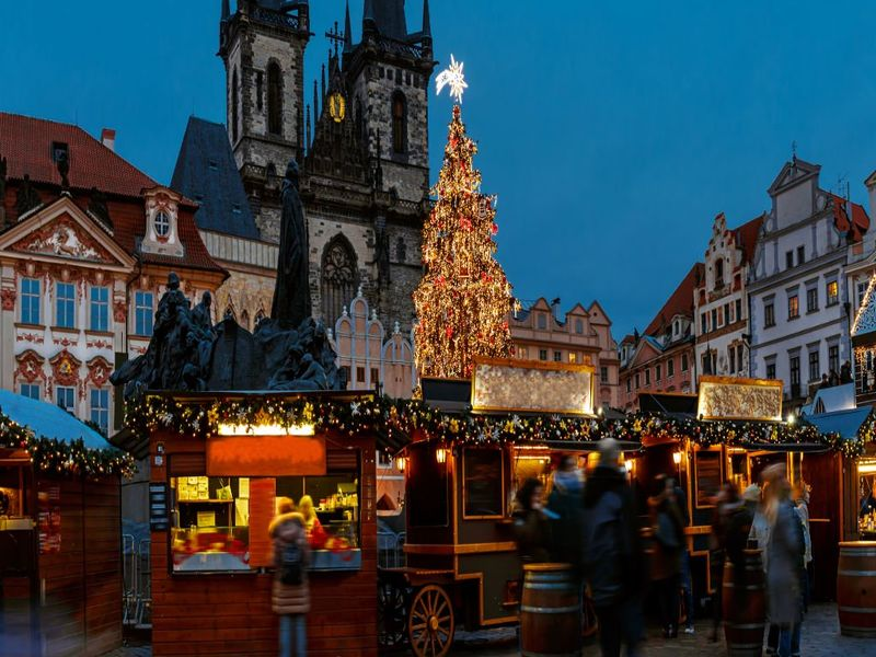 Prague: 4 Star City Break Incl Flights and Xmas Markets Departures from £89pp